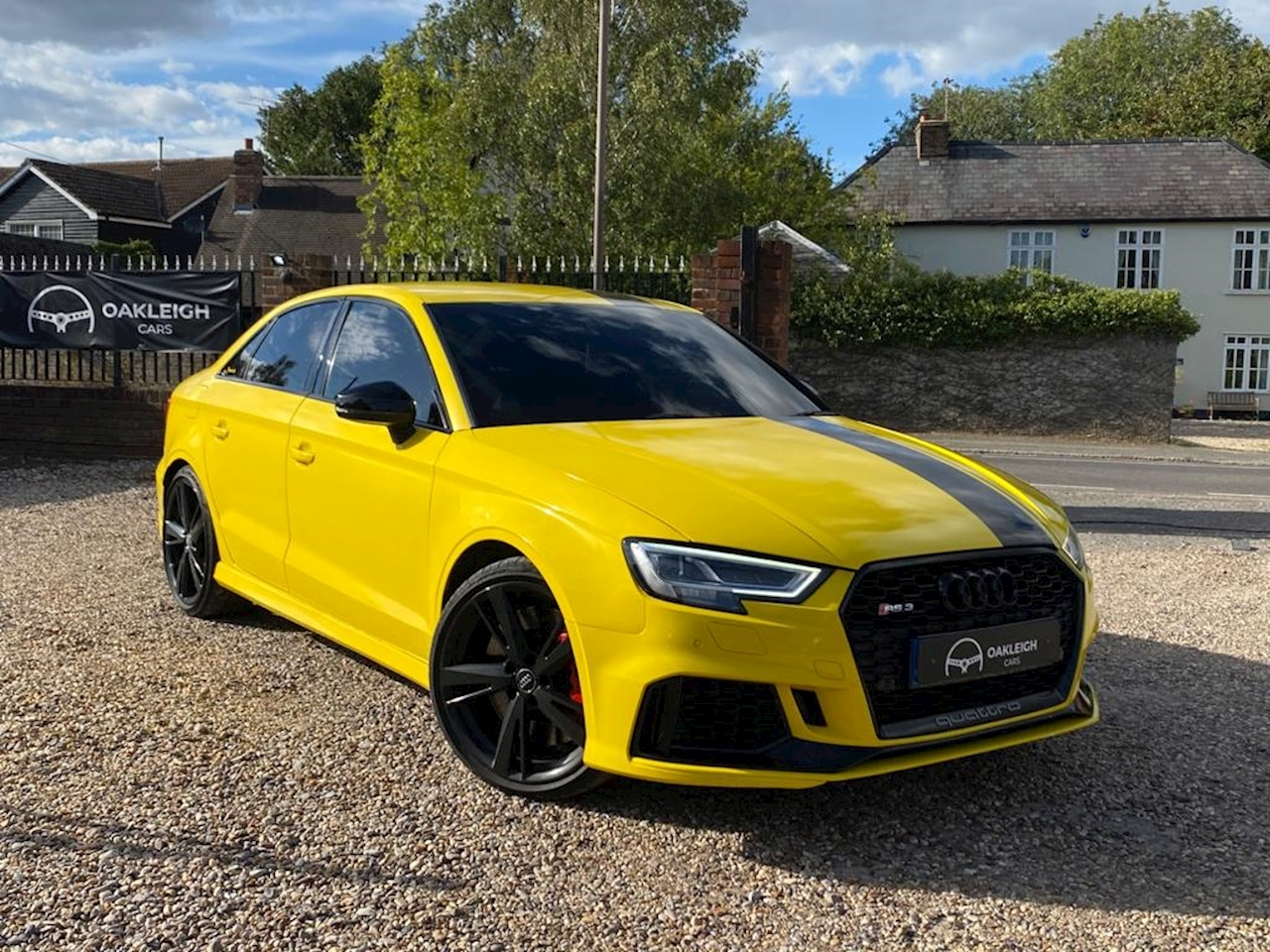 Audi RS3 2.5 TFSI Saloon 4dr Petrol S Tronic quattro (s/s) (400 ps) 2.5 4dr Saloon S Tronic Petrol