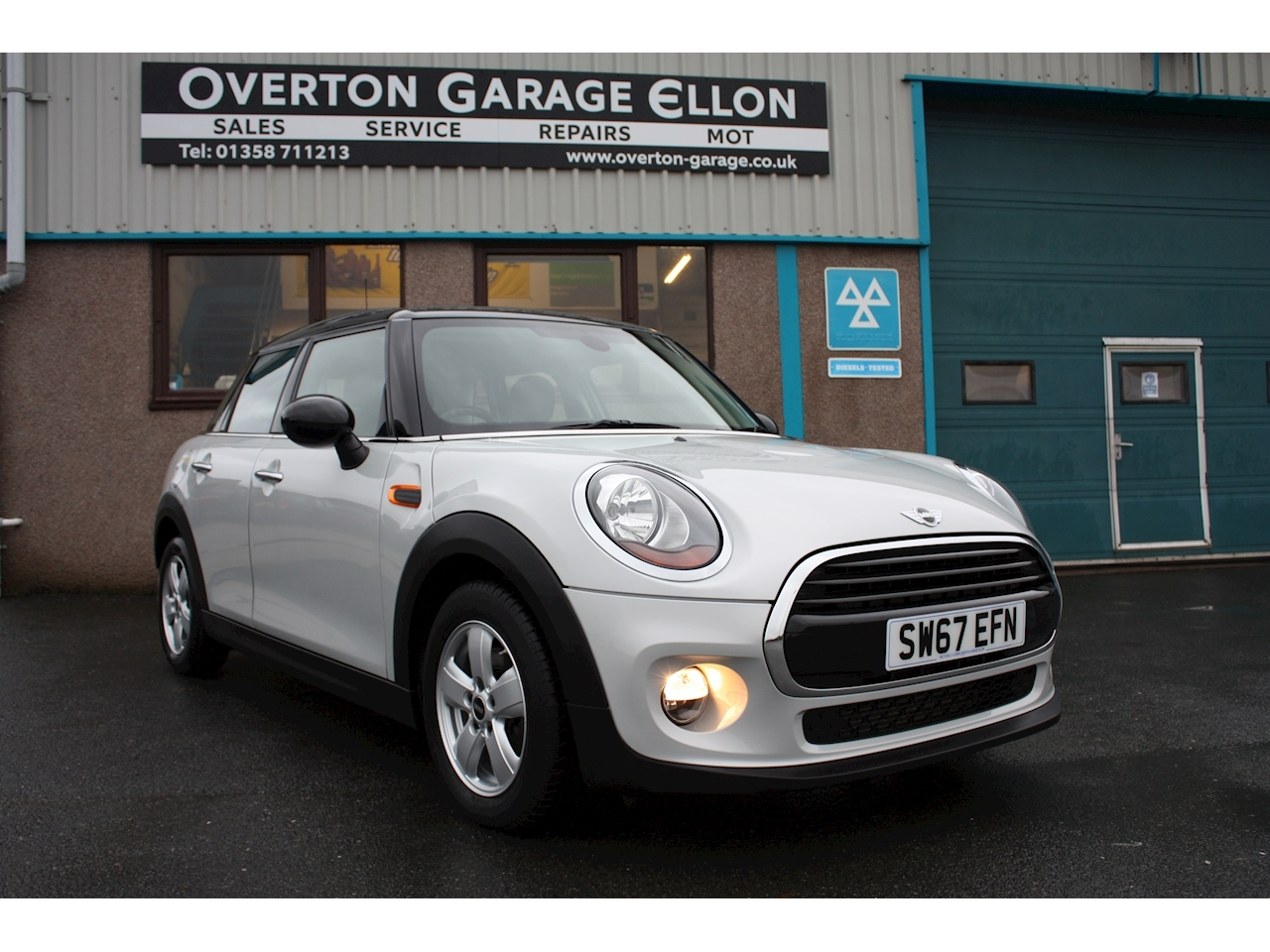 1.5 Cooper Hatchback 5dr Petrol  (136 ps)