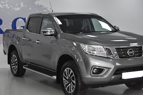 2.3 dCi N-Connecta Double Cab Pickup 4dr Diesel Manual 4WD (s/s) (190 ps)