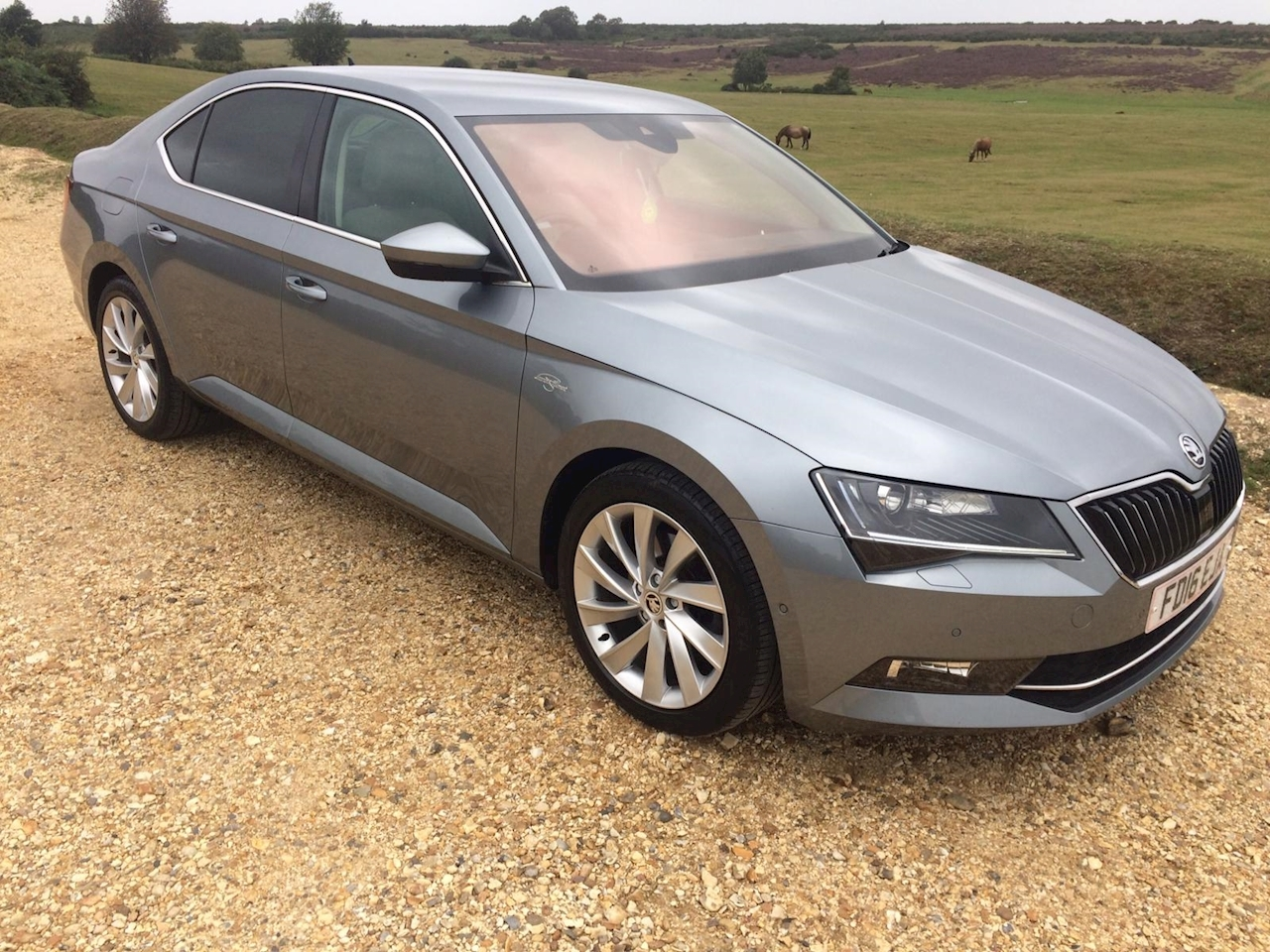 SKODA Superb Laurin & Klement Hatchback 2.0 DSG Auto 6Spd Diesel