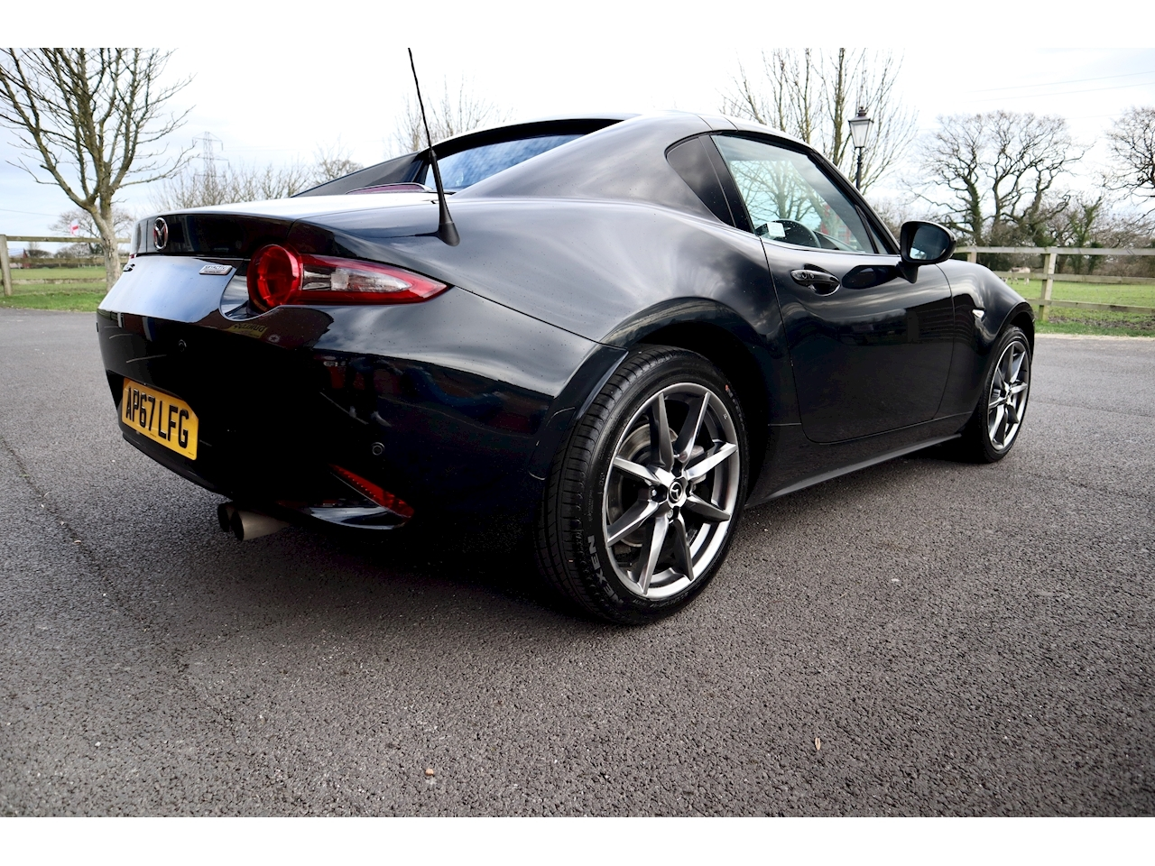 Mazda 2.0 SKYACTIV-G Sport Nav Convertible 2dr Petrol Manual (160 ps)