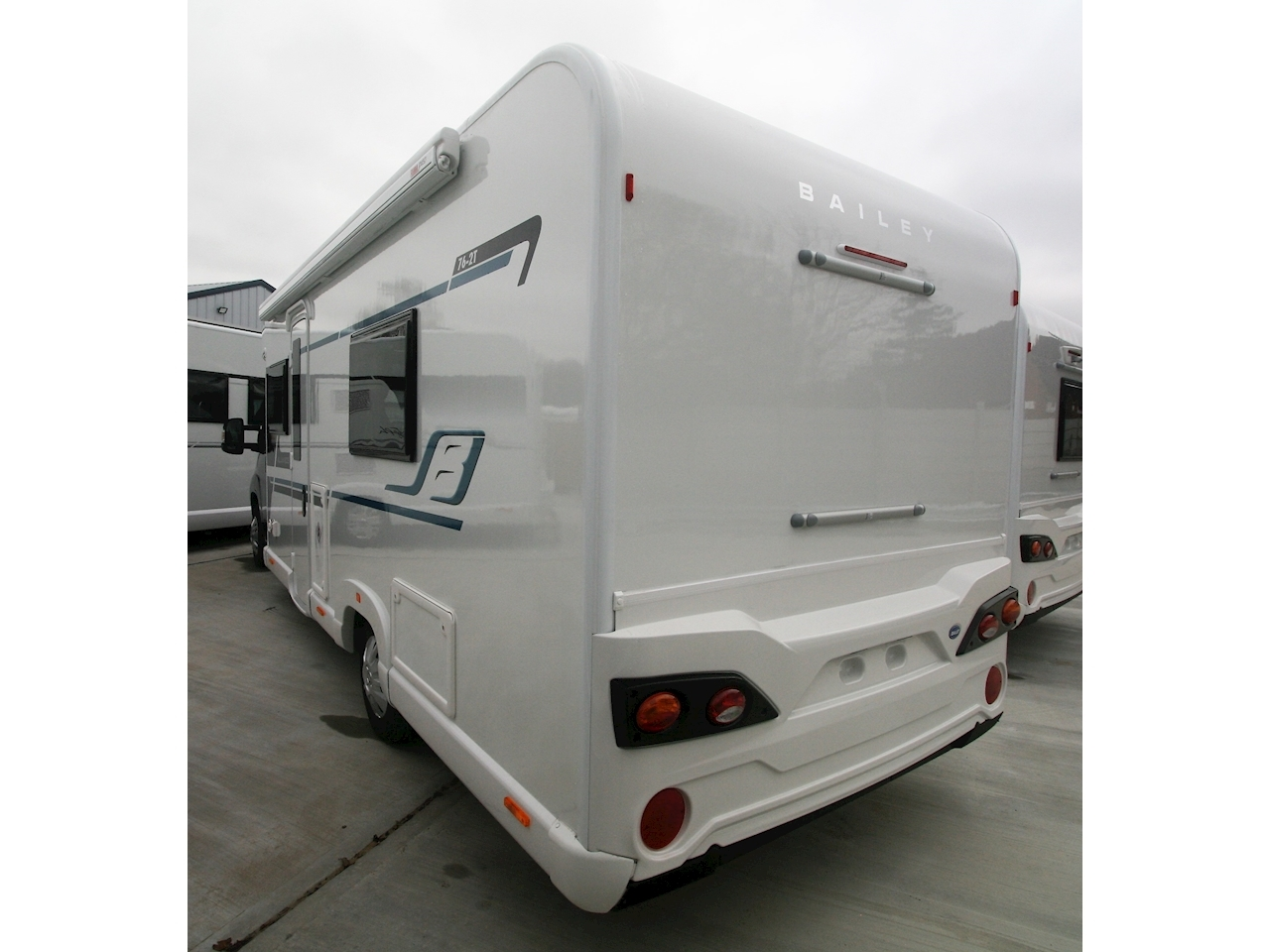 Bailey Alliance 762T - Large 1