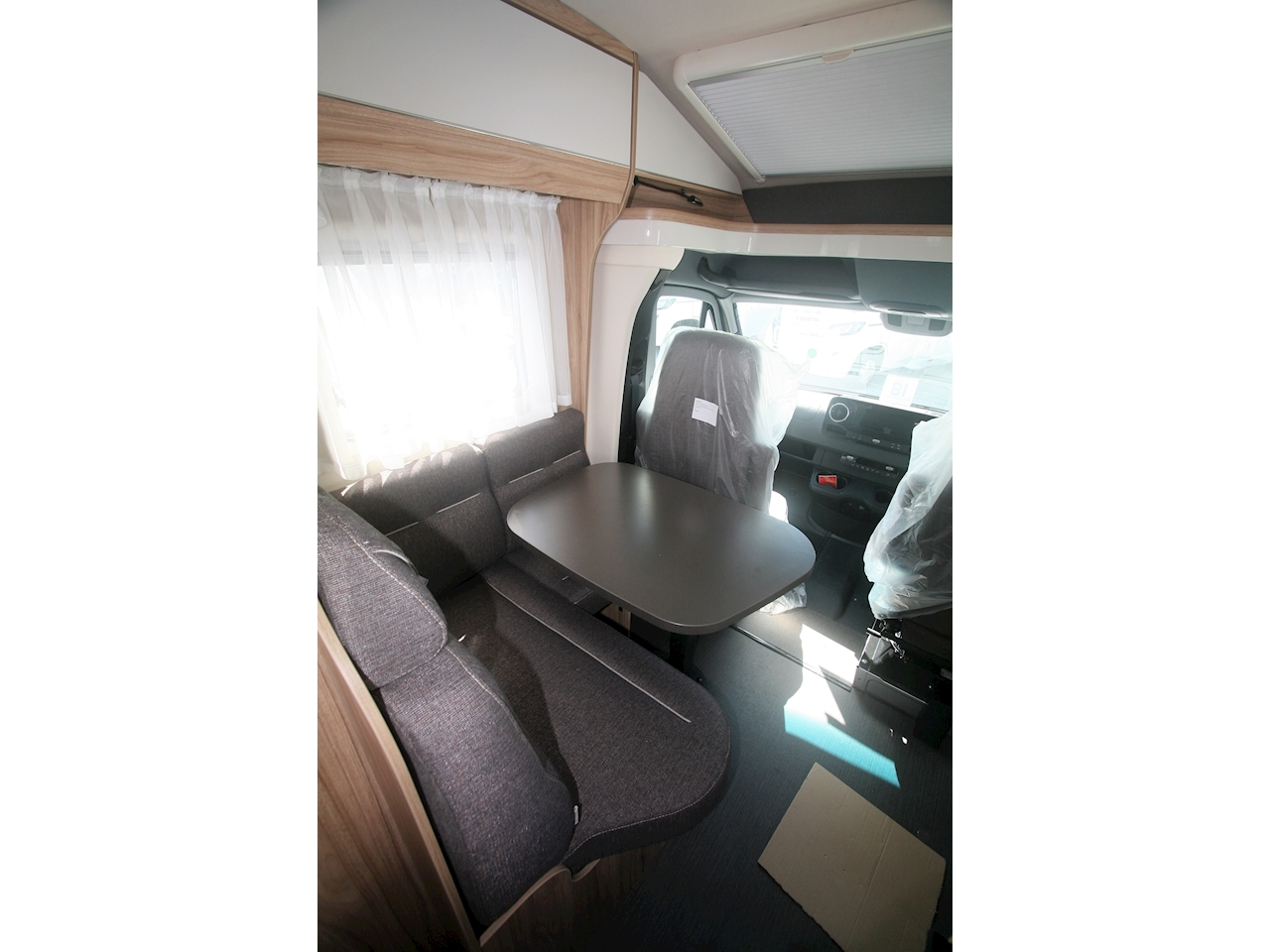Hymer ML-T 580 - Large 6