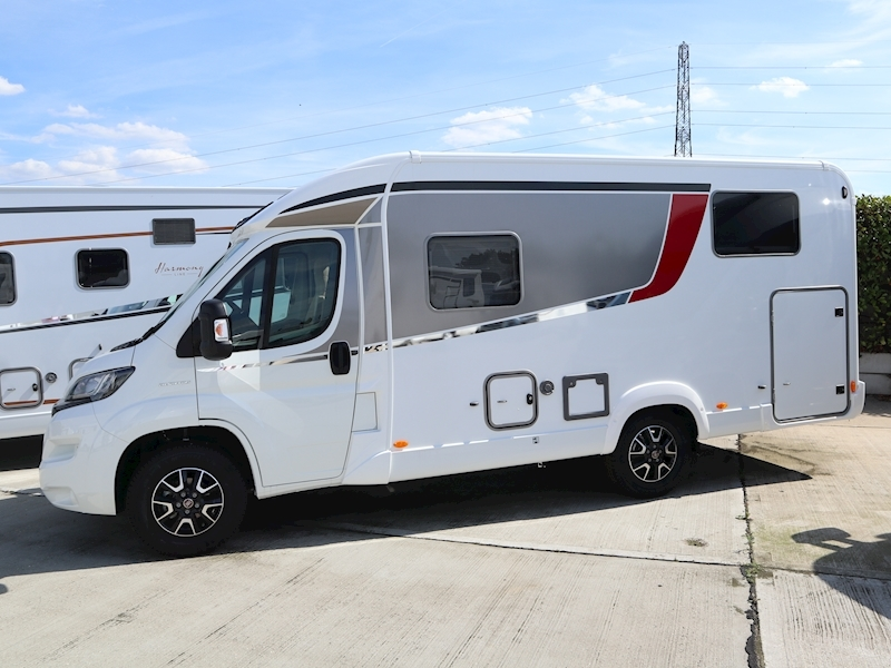 Burstner Travel Van T 620 G - Large 10