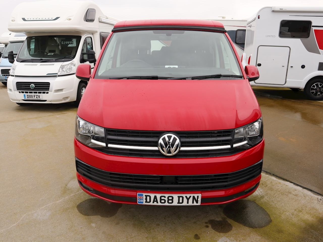 Volkswagen Camper King T6 - Large 1