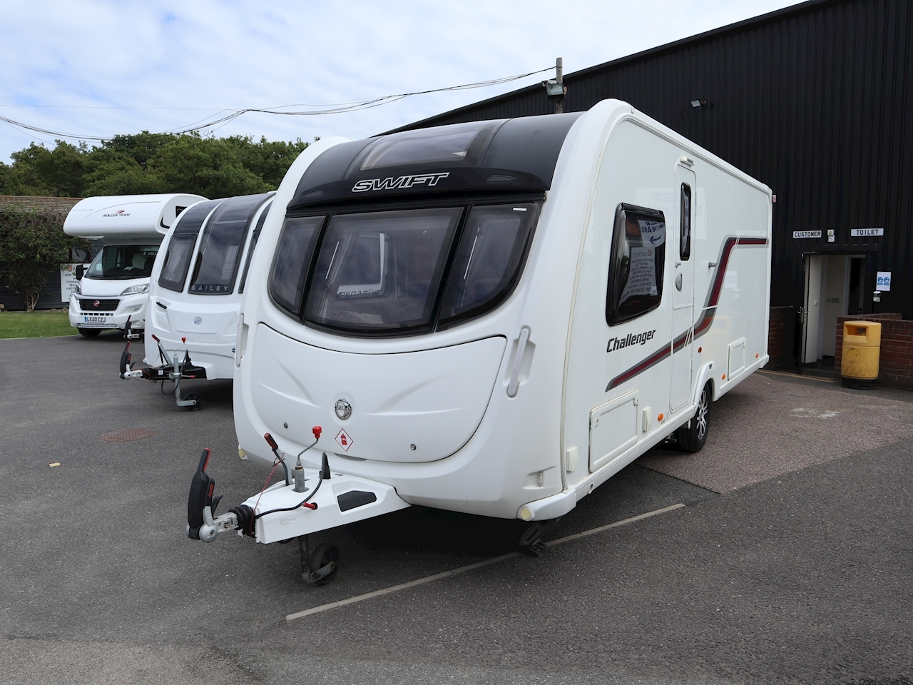 Swift Challenger 580 - Large 0