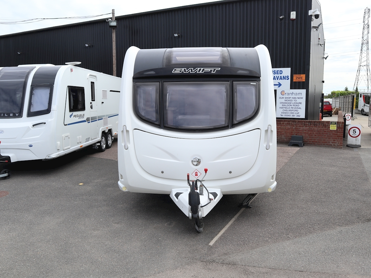 Swift Challenger 580 - Large 1
