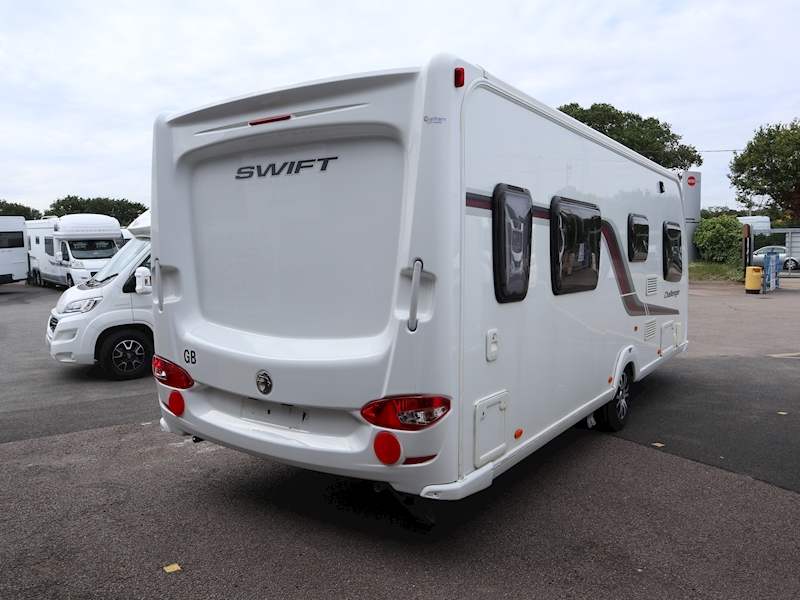 Swift Challenger 580 - Large 3