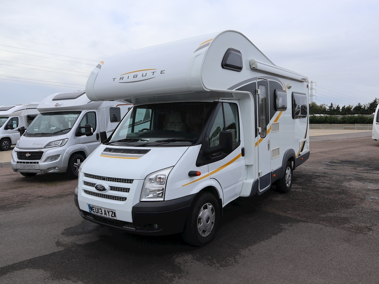Ford Auto Trail Tribute T 625 - Large 0