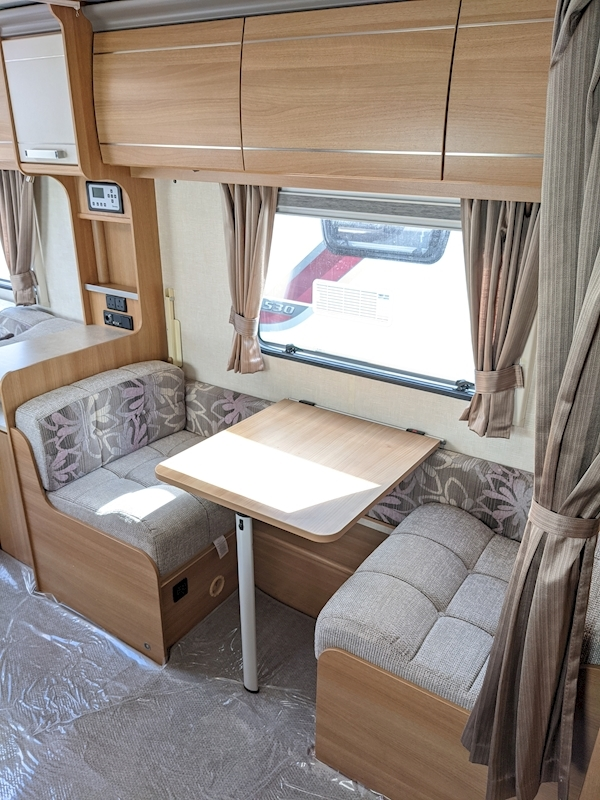 Coachman VIP 520'4 - Large 12