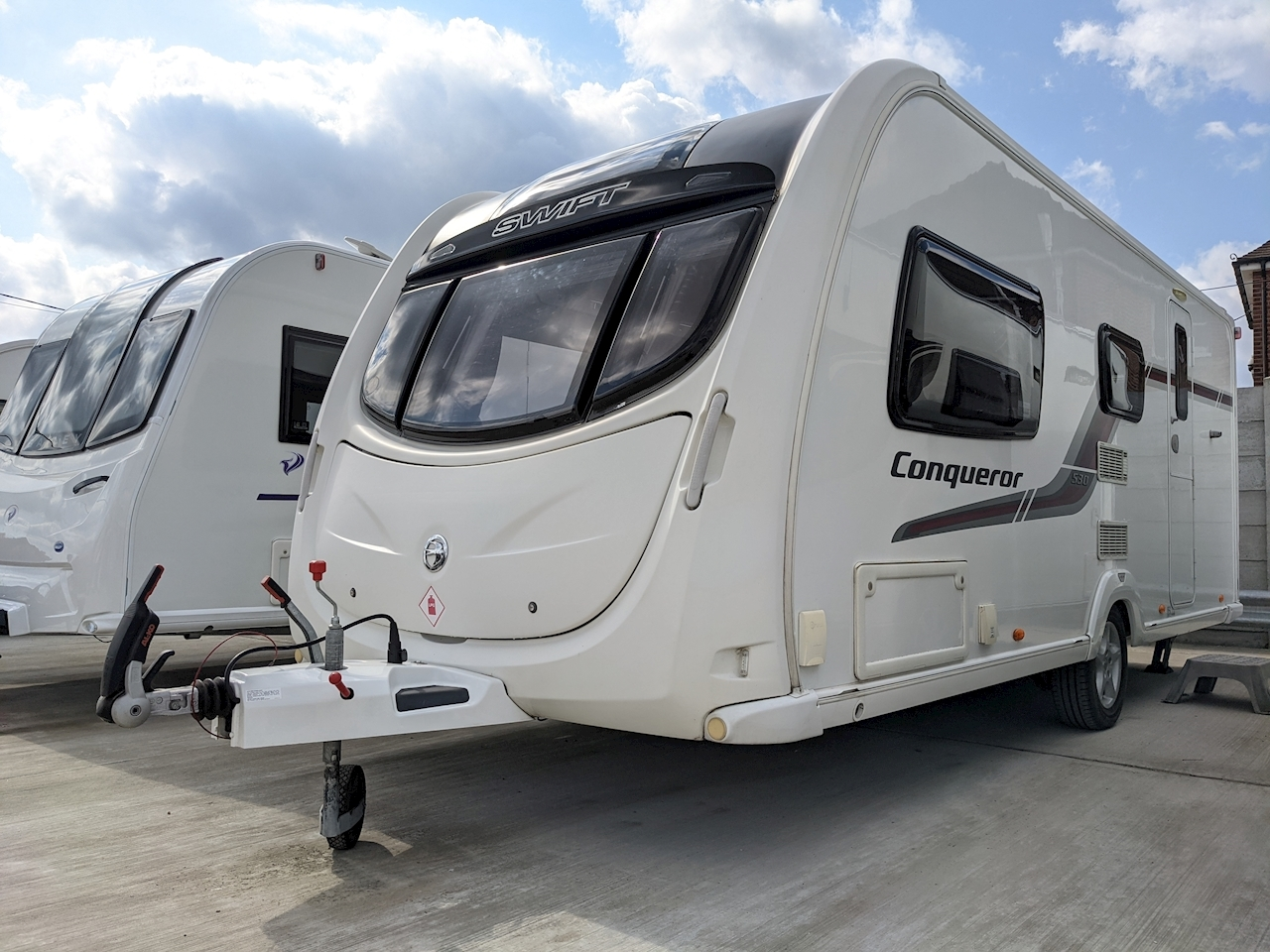 Swift Conqueror 530 - Large 0