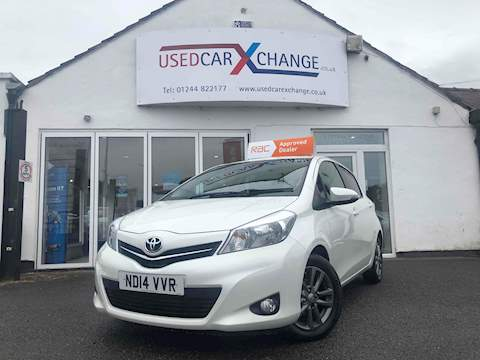 Toyota Yaris Vvt-I Icon Plus Hatchback 1.3 Manual Petrol