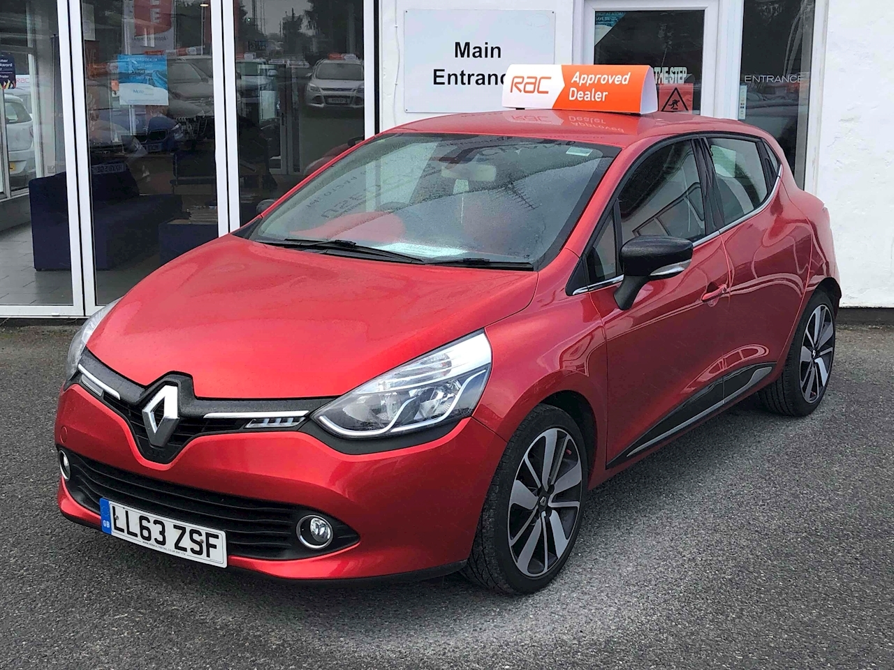 Clio Dynamique S Medianav Dci Hatchback 1.5 Manual Diesel