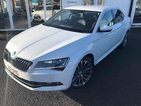 Skoda Superb Laurin And Klement Tsi Dsg Hatchback 2.0 Semi Auto Petrol