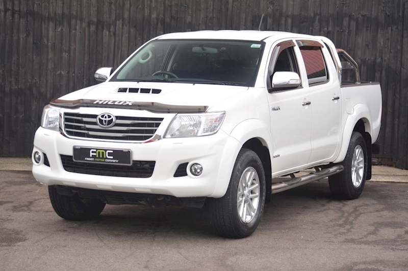 Toyota Hilux Invincible 4X4 D-4D Dcb Light 4X4 Utility 3.0 Manual Diesel