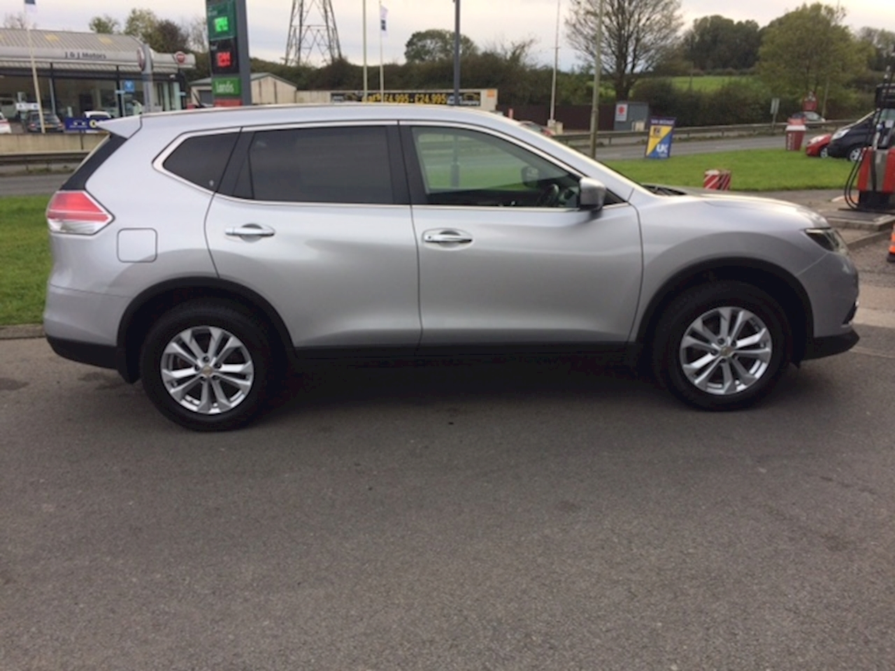 X-Trail Dci Acenta Estate 1.6 Manual Diesel