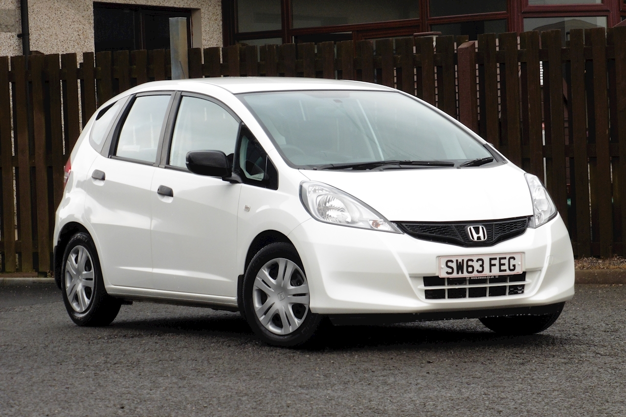 Honda Jazz I-Vtec S Hatchback 1.2 Manual Petrol