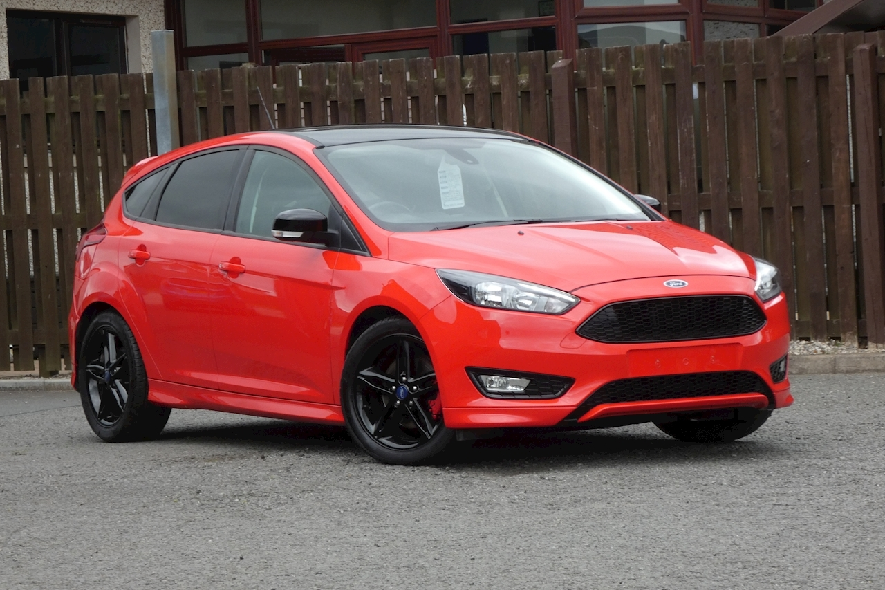 Ford Focus Zetec S Red Edition Hatchback 1.5 Manual Petrol