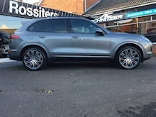 Cayenne 4.2TD V8 S Tiptronic S Automatic - Thumb 2