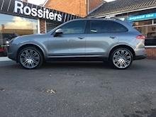 Cayenne 4.2TD V8 S Tiptronic S Automatic - Thumb 5