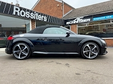 TTS 2.0TFSi (310PS) Black Edition Roadster Quattro S-Tronic Automatic - Thumb 3