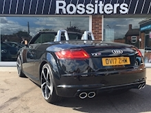 TTS 2.0TFSi (310PS) Black Edition Roadster Quattro S-Tronic Automatic - Thumb 2
