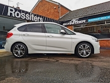 225xe Active Tourer M Sport Petrol/Plug-in Hybrid Automatic 4WD (224 ps) - Thumb 2