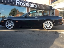 XKR Convertible Automatic - Thumb 15