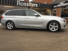320d xDrive SE Touring with Sport Automatic Gearbox - Thumb 2