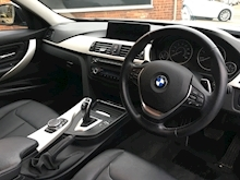 320d xDrive SE Touring with Sport Automatic Gearbox - Thumb 6
