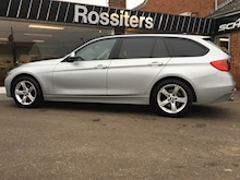 320d xDrive SE Touring with Sport Automatic Gearbox - Thumb 5