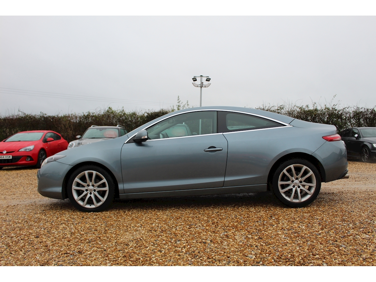 Renault 2.0 dCi FAP Dynamique Coupe 2dr Diesel Manual (Tom Tom) (136 g/km, 150 bhp)
