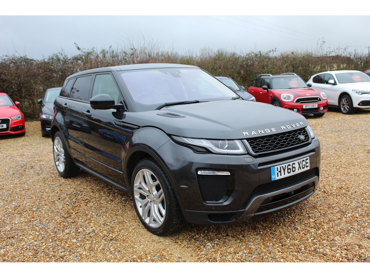 Land Rover 2.0 TD4 HSE Dynamic Lux SUV 5dr Diesel Auto 4WD (s/s) (180 ps)