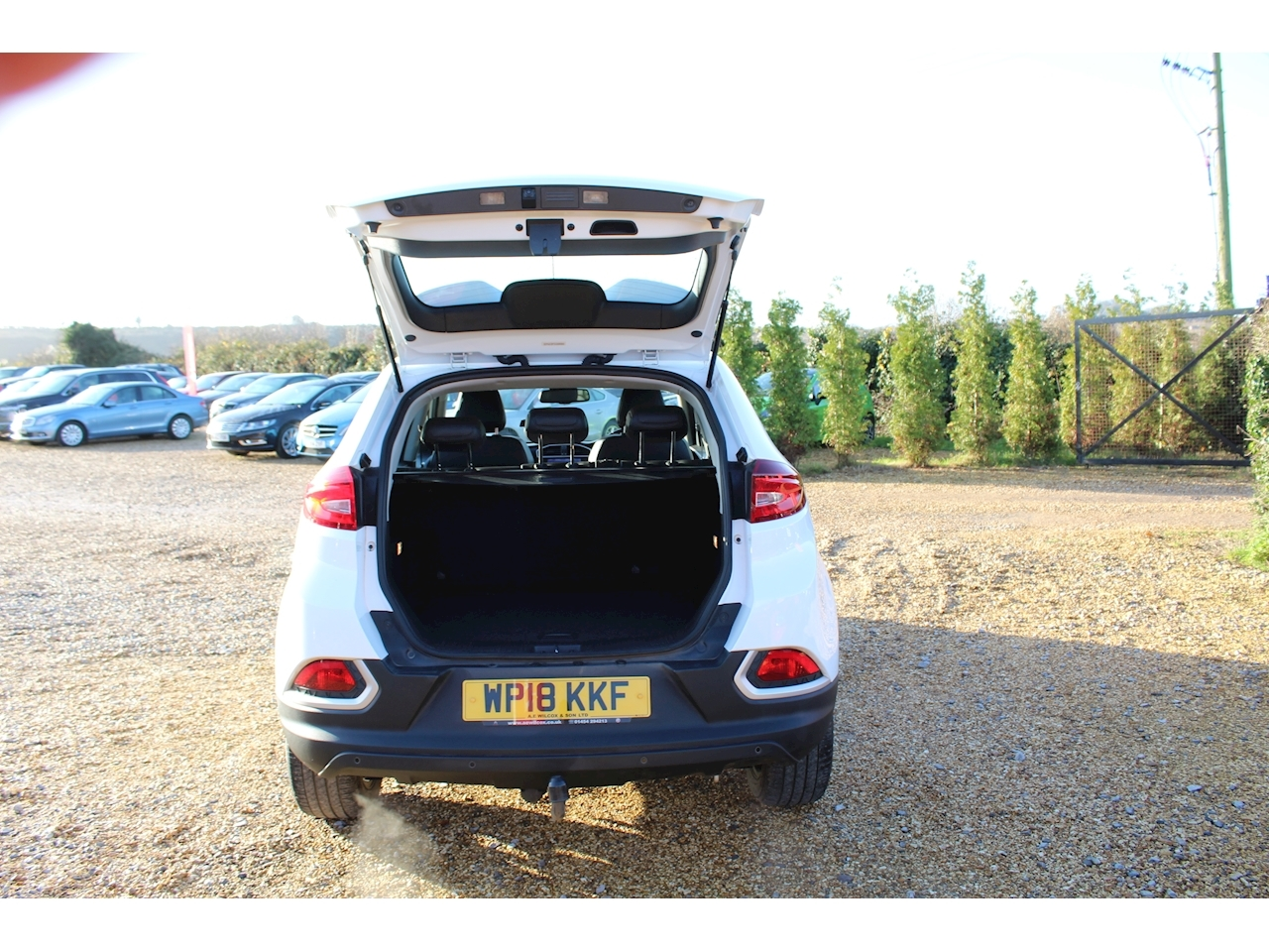 Mg Mg Gs Exclusive Dct Hatchback 1.5 Semi Auto Petrol