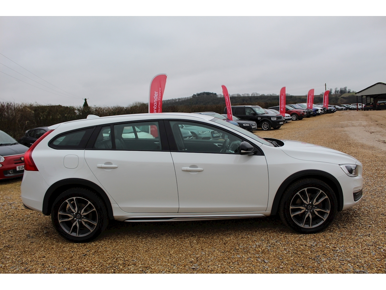 Volvo V60 D4 Cross Country Lux Nav Awd Estate 2.4 Automatic Diesel