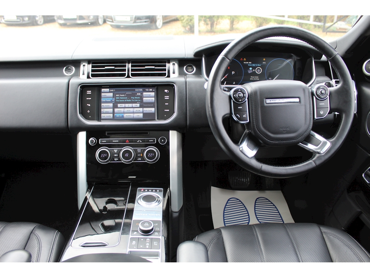 Land Rover Range Rover Sdv8 Vogue Se Estate 4.4 Automatic Diesel