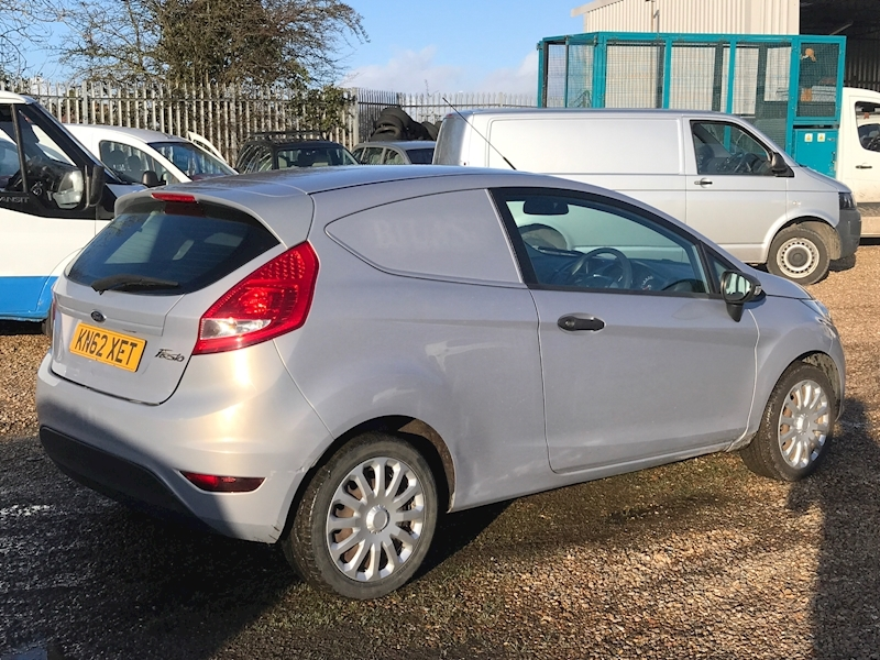 Ford Fiesta Base 1.4 Tdci - Large 5