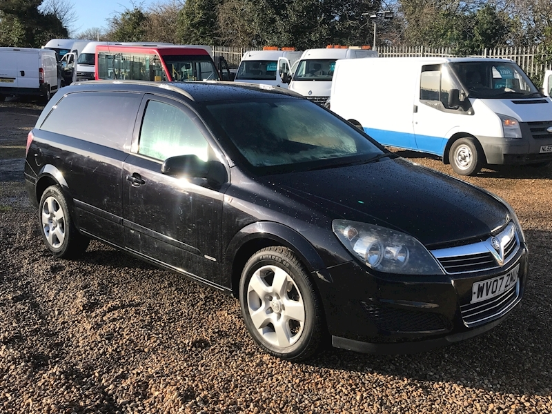 Vauxhall Astra 1.7Cdti Sportive - Large 0