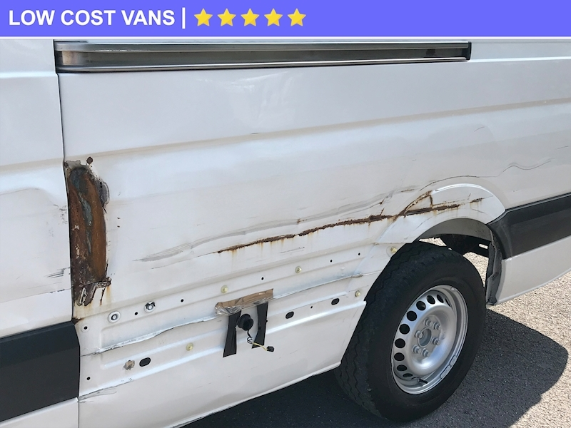 Volkswagen Crafter 2.0TDI Cr35 High Roof LWB - Large 3