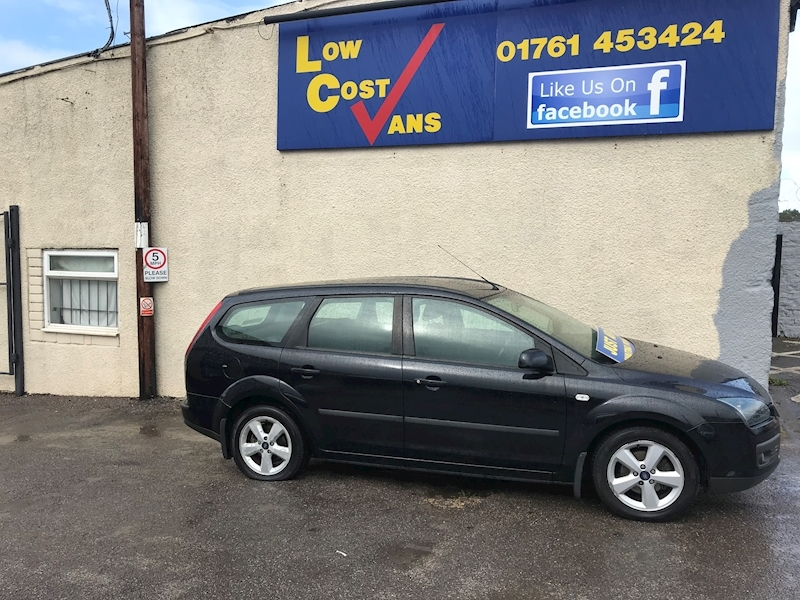 Ford Focus Zetec Climate - Large 3