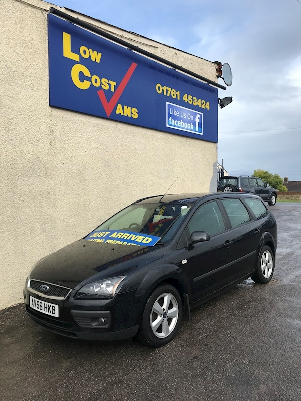 Ford Focus Zetec Climate - Large 1