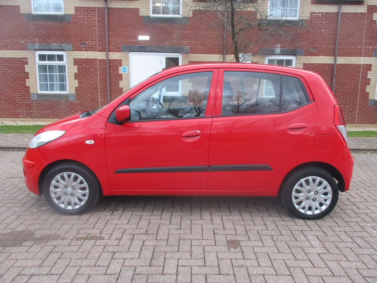 1.1 ES Hatchback 5dr Petrol Manual (65 bhp)