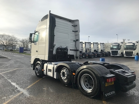 fh13 FH13 460 6x2 Globetrotter XL 12.8 2dr Tractor (Heavy Haulage) I-Shift Diesel