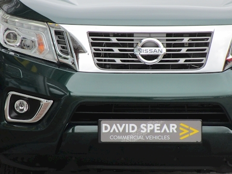 Navara Dci Tekna Double Cab Pick Up in Amazon Green with Sat Nav & Rev Cam 2.3 5dr Pickup Manual Diesel