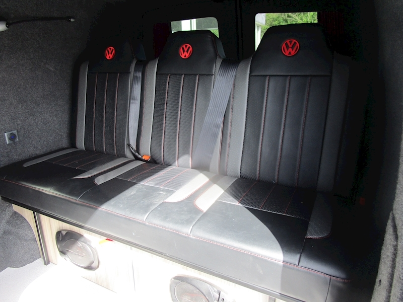 Volkswagen Transporter Tdi 140ps Highline with Air Con & Rusty Lee Rock and Roll Bed 2.0 5dr Combi Van Manual Diesel