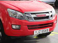 Isuzu D-Max Td 165ps Fury 4x4 Double Cab Pick Up With Rev Cam, Leather Seats & Montain Top Cover 2.5 4dr Pickup Manual Diesel