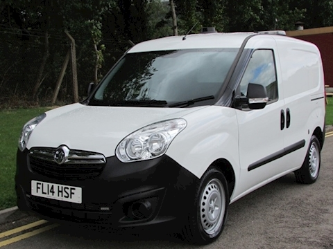 Vauxhall Combo Cdti 105ps L1With Reversing Camera