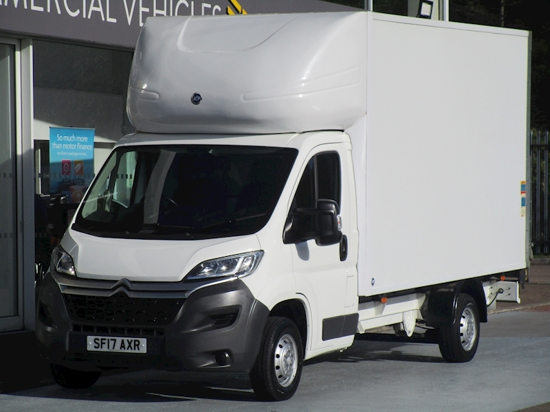 Relay Hdi 130ps 35 Lwb Luton With Tail lift 2.0 Luton Manual Diesel