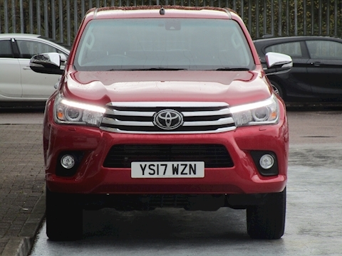 Hilux D-4D 150ps Invincible 4Wd 4x4 Double Cab Pick Up With Leather & Sat Nav 2.4 5dr Pick Up Automatic Diesel