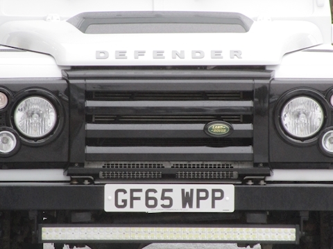 Defender 90 Td 120ps Hard Top with Black Alloy Wheels & 2 Seats 2.2 5dr SUV Manual Diesel